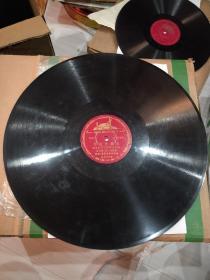 老唱片(复制苏联唱片)。《西班牙舞曲》《太伦蒂拉》,意大利舞曲。