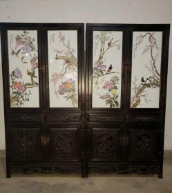 早年紫檀木精雕 鑲嵌手繪粉彩花鳥瓷板畫  書柜兩個合售,單個寬度約107厘米,厚度43厘米,高度206厘米,