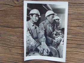 1982年,北京首钢初轧厂优秀青年操作手陈宏利