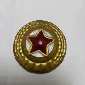 老奖章一枚。