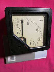 旧电度表    1969年天津电度表厂单相照明电度表一台