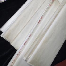 五六十年代老宣纸。四川夹江工艺美术。(六捆600左右张)