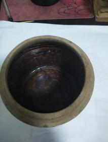 老黄釉陶罐