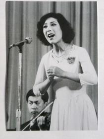 """天津歌舞剧院""""关牧村""""女生独唱《我们正年轻》【以图片为准.不退货】"""