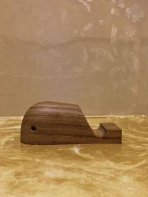 非洲黄花梨木手工小鲸鱼手机底座摆件镇纸