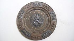 """上世纪五十年代出品-手工雕刻""""人物、花鸟等图案""""铜嵌银盘摆件"""