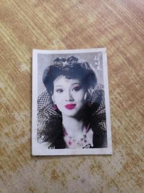 赵雅芝年轻时的照片一张(太美了!)(太性感了,值得收藏品味)