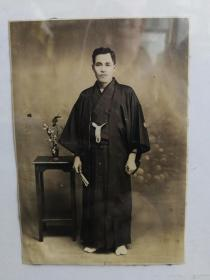 日本男子和服照
