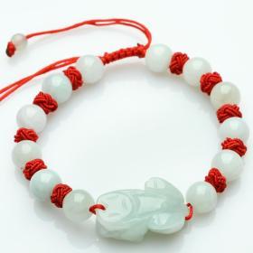 翡翠手链A货翡翠貔貅手链,非常水润,温润如女人肌肤,貔貅财富希望的象征,可遇不可求值得永久收藏