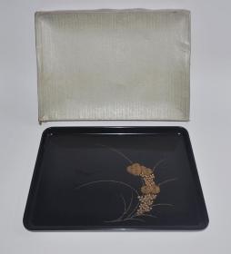 ▲日本黑漆制沈金工艺雕刻菊纹老漆盘 茶盘盏托盘壶承回流老漆器茶具