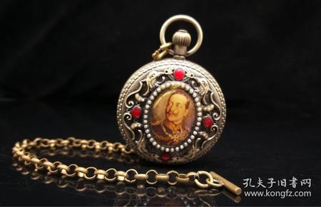 欧美国家早期·  纯铜鎏银镶宝石机械怀表 上完发条可正常走时 直径5厘米,重量181g.