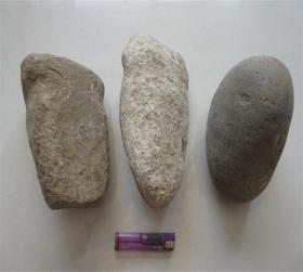 大汶口文化龙山文化红山文化石斧头史前石器一组三个一起,十分罕见,收藏家梦寐以求,包浆醇厚,沁色自然,神韵十足,红山石器中之珍品,可遇不可求,难得一见