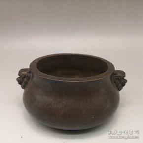 舊藏雙獅首紫銅香爐一個  器型厚重`爐口直徑約10厘米 高6.8厘米,重1226克