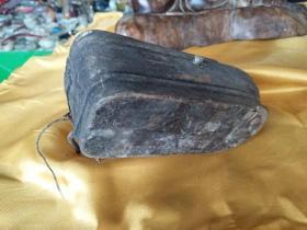 清代三寸金莲老墨斗、木质细腻、造型精美、做工大气、小裂、非常值得收藏。15--5--6cm