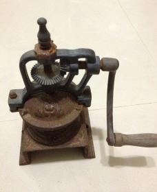 铁器手动磨豆器