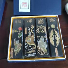 徽墨老胡开文制福禄寿喜,古法一两30克,4条一套。