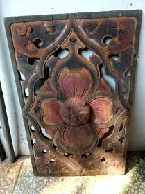 老潮州木雕,五彩四蝙蝠朝海棠镂空图,位于眠床蜘蛛顶中央
