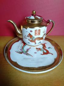 龙凤双喜茶壶(23厘米x13厘米x15厘米)、龙凤双喜托盘(直径26厘米) 合售