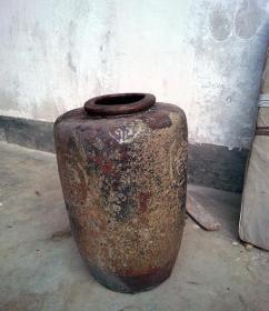 上世纪二三十年代老酒缸水缸坛子