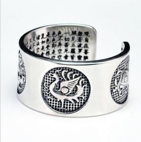 S925纯银吊坠,佛教四大神兽心经吊坠鬼斧神工,技艺精湛可遇不可求的戒指神品值得收藏和佩戴
