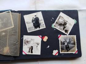 老影集一本:存老照片37张。有一张上有时间1959年10月,有一张下面有照相馆名:上海公私合营万象,有军人照片