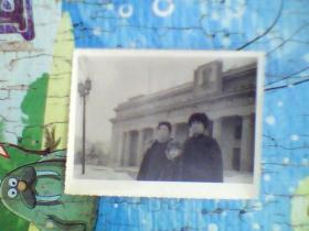老照片;长春人民广场中国银行