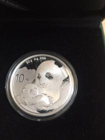 2019年熊猫银币 30克 Au999