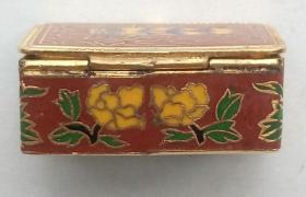 西洋古董迷你天牛纹铜胎掐丝珐琅首饰盒药盒