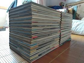 低价出售1966年大开本精印《陶器全集》一套32册全,用纸精良,很沉!!!。