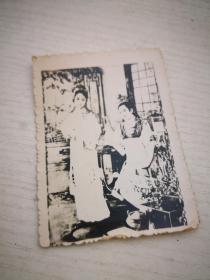 卖的就是情怀!买满就送 老照片 戏剧《红楼梦?》照片一张,判断是五六十年代的东西