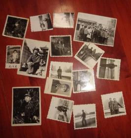 黑白相片【军人生活照16张合售】长6CM*宽6CM、品相以图片为准