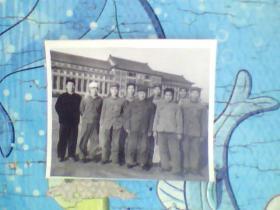 老照片;长春地质宫还有穿军装的人