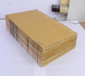 清康熙昭代丛书精刻【猫乘】6册一套全,大16开本,中国最早的猫类经典著作。各种名猫、奇猫等,养猫、寻猫、玩猫,以及关于猫的神话和诗词,其中最为宝贵的是附录辑录了古代多已失传的《相猫经》。初刻初印,印制极为精美,完整无缺,罕见