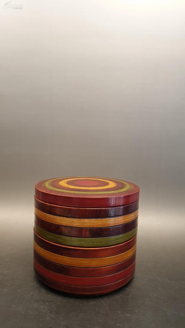 N 0390   天然木制双层漆盒