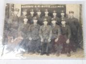 解放军老相片一张,拱北边防新训队一边二排三班全体合影,1983年元旦,品好如图。