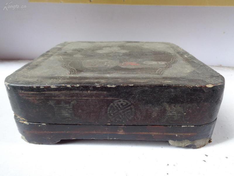 老漆果盒一個,品如圖。