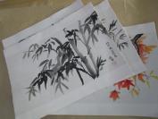 水墨花鸟画共4幅合售,画家署名连想,题名有岁月如歌,美好时光等,最大尺寸51X30厘米,最小41X31厘米,纸质硬