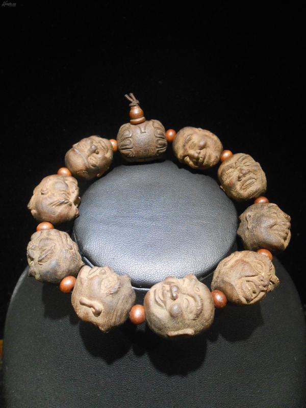 桃木雕十八羅漢手串,雕刻形象,生動傳神,桃木辟邪,不一樣的手串,可盤玩,底價拍
