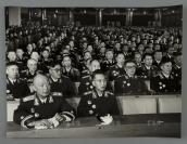 1955年 徐向前元帅、聂荣臻元帅在授衔仪式上台下就坐 照片一大张(尺寸:31.3*40.8cm)HXTX300605