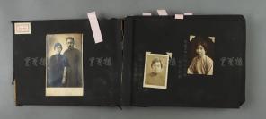 高-梦-旦、高-君-珊父女旧藏:相册一册 照片约二百一十余张(部分照片旁边或背面有注释,内有高梦旦夫妇、高君珊夫妇以及家庭旅游合影照等大量照片)HXTX302861