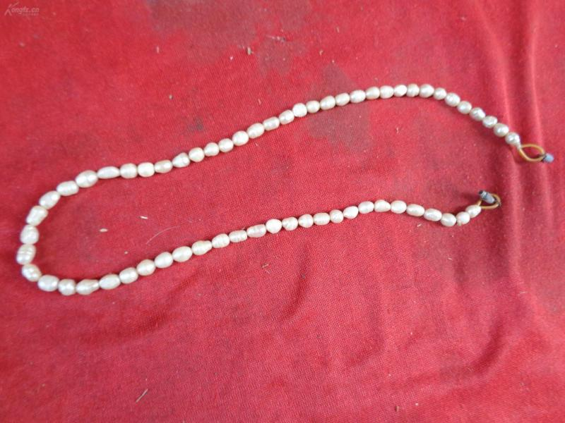 珍珠链一条,品好如图。
