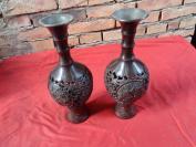 民国铜花瓶一对,高26cm,近3斤,品好如图。