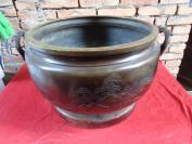 清朝大铜炉一个,铜高26cm,重20斤,品好如图。