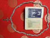 清代或者民国受难耶稣老十字架项链欧洲老玉项链,附带清代圣经一本!!很像中国的翡翠玉,可以改三串手链的长度