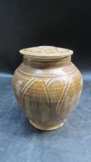 莲花瓷罐一个191110750