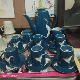 七十年代末山东博山陶瓷厂出全品15头高温色釉茶具一套,保真保老