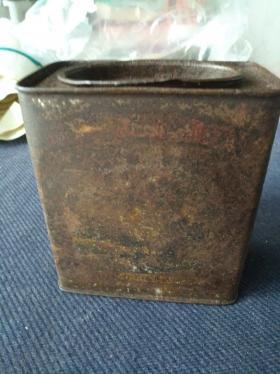 民国上海鸿怡泰茶栈茶号,茶叶罐一个,品佳。尺寸6x11㎝,高12㎝,包老。
