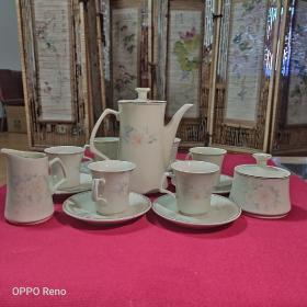八十年代山东博山陶瓷厂库存15头象牙黄茶具,保真保老,收藏自用两相宜