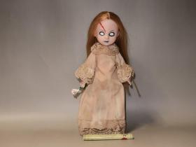 孤品彩蛋!亚洲唯一双裙套装活死人娃娃Posey(13周年纪念复刻版)