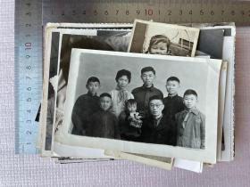 一批老照片,110多张,合售,尺寸不一,有美女,儿童等等